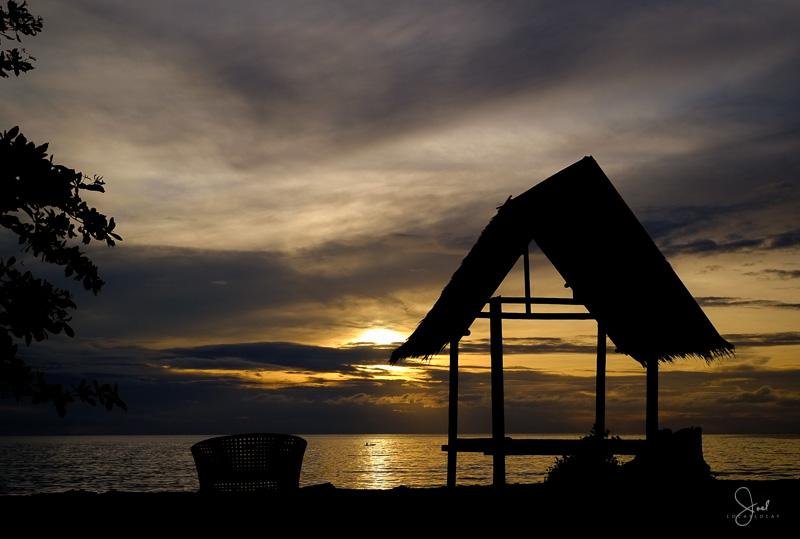 #05 Beachfront Sunrise